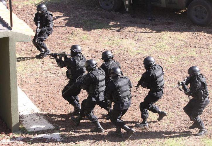 Las autoridades montaron un operativo para ubicar a las personas secuestradas. (Archivo/Notimex)