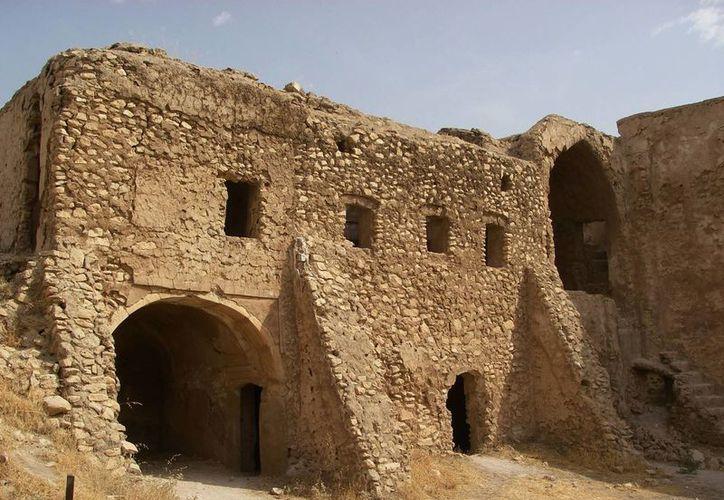Esta imagen, tomada el 1 de octubre de 2006 y proporcionada por la coronel de ejército de Estados Unidos Juanita Chang, muestra el monasterio de San Elías en las afueras de Mosul, Irak. (Coronel . Juanita Chang/Ejército de EEUU via AP)