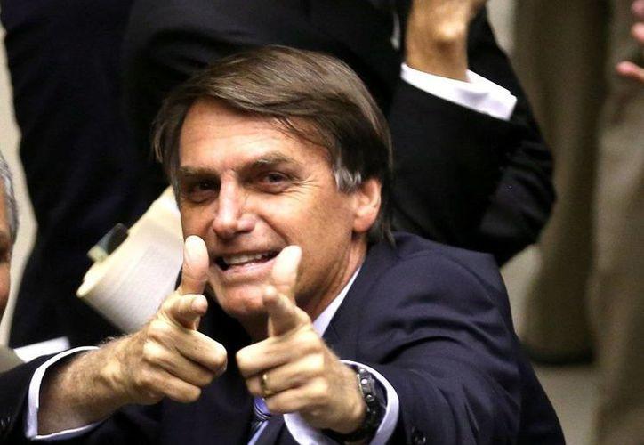 Jair Bolsonaro acaba de ser procesado por la Corte, tras amenazar a una diputada feminista. (resumendelsur.com)