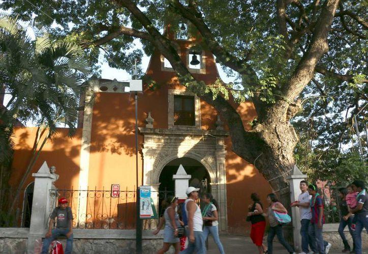 Durante el Tiempo Litúrgico Ordinario se realiza la fiesta de La Candelaria. (José Acosta/SIPSE)
