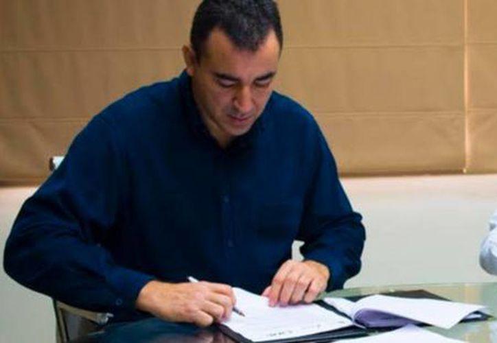 La Seyc y el INE firmaron un convenio para instalar casillas electorales en escuelas públicas. (Redacción/SIPSE)