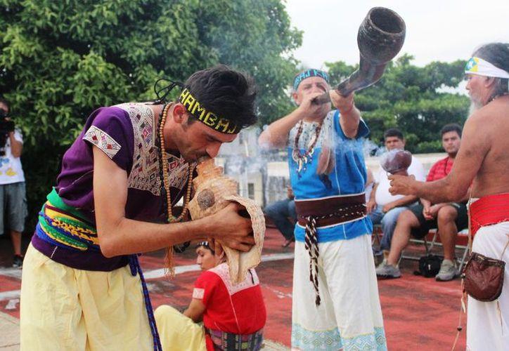 El centro filosófico de cosmovisión maya lo preside el sacerdote Luis Nah. (Octavio Martínez/SIPSE)