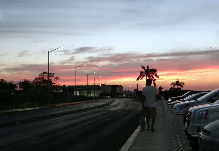 Mérida comienza a destacar a nivel mundial por ser de las mejores ciudades para vivir. CNN Money publica que la capital yucateca está considerada como una de las mejores para las personas en retiro laboral. La imagen es únicamente ilustrativa. (Eduardo Vargas/SIPSE)