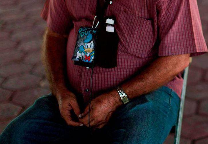 Hipólito Mora quiere ser diputado federal, pero está preso. Su abogado, Eduardo Quintero, asegura que está libre en seis días, y entonces buscará la candidatura por algún partido político. (gacetamexicana.com)