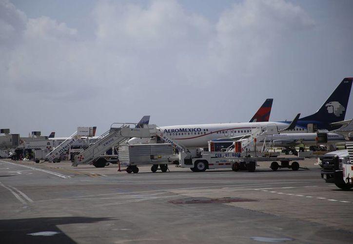 Aerolíneas internacionales y agencias de viajes ofrecen atractivos paquetes. (Israel Leal/SIPSE)