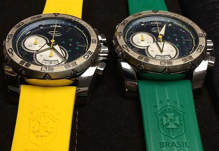 La FIFA recuperó y donó los 48 relojes que les fueron regalados a diferentes miembros directivos durante el mundial Brasil 2014. (AP)