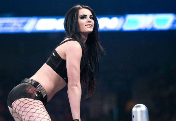 """Paige la """"estrella"""" de la WWE encontró el amor en Kalan Blehm, bajista del grupo Attila. (Foto: Vanguardia MX)"""
