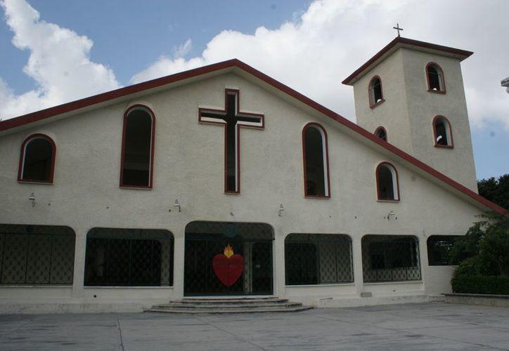 La Iglesia Católica tiene el mayor número de creyentes en Cancún, según Asuntos Religiosos de Benito Juárez. (Redacción/SIPSE)