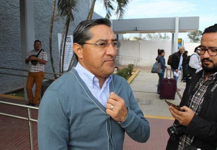 Un juez prohibió a Melquiades salir del país, por lo que se le retiró el pasaporte y visa. (Foto: Contexto)