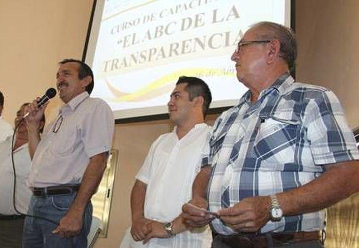 El encargado de impartir el curso fue, José Luis Rolando Cambabia Toledo. (Redacción/SIPSE)