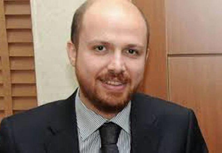 Bilal, hijo del presidente turco Recep Tayyip Erdogan, fue denunciado en Italia por un empresario turco refugiado en Francia. (awdnews.com)