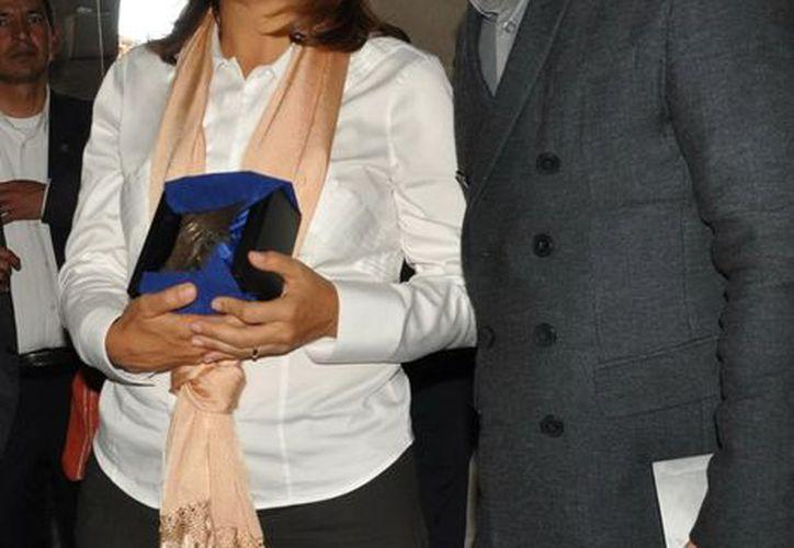 'El Ojo' es un reconocimiento especial otorgado por el FICM a invitados especiales, como es el caso de Margarita Zavala. (Notimex)