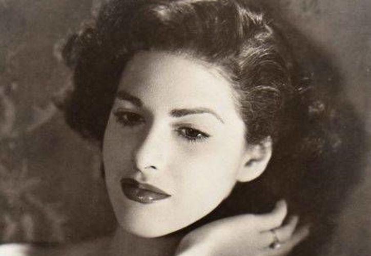 """Actriz de cine, teatro, televisión y radio, en sus inicios dentro del medio del espectáculo a Carmen Montejo se le conocía como La """"Muñeca"""" Sánchez. (Foto: www.dcubanos.com)"""
