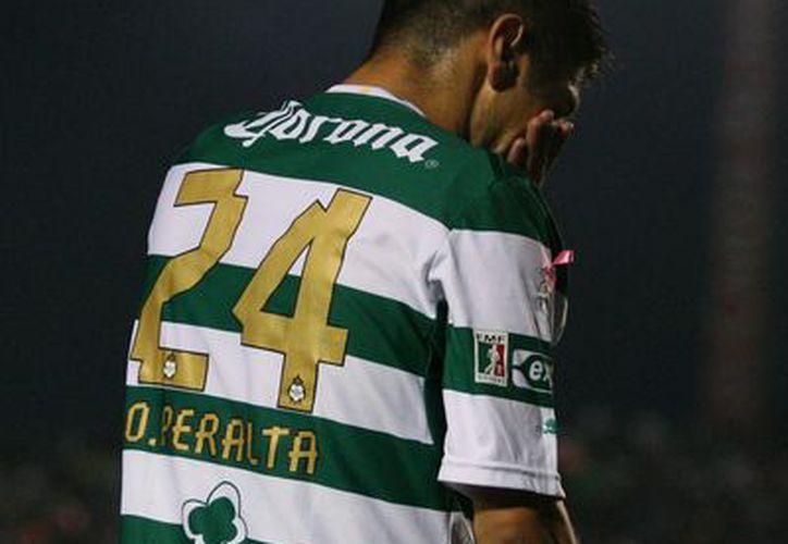 En días pasados, Aguirre destacó el buen momento por el que pasa el jugador de Santos Laguna. (Foto: Agencias)