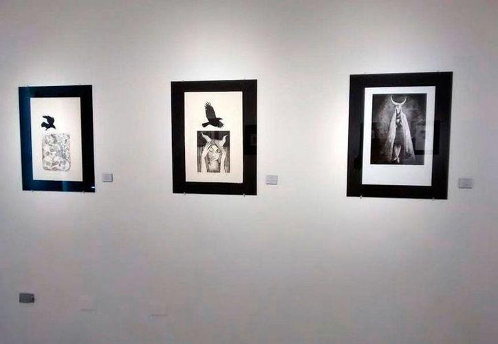 En el Centro Cultural Olimpo, se exponen 50 obras artísticas en 'Mérida: Gráfica Contemporánea'. (Milenio Novedades)