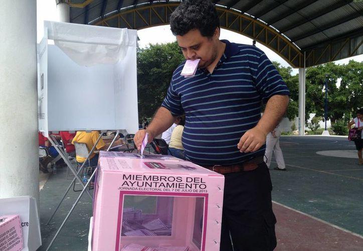 Pocos cumplieron con su deber cívico en estas elecciones. (Ángel Mazariego/SIPSE)