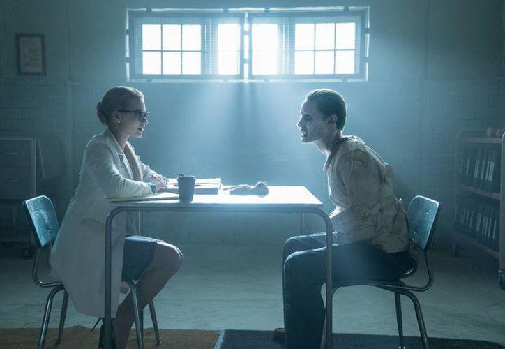 Muchos críticos han señalado que entre los puntos rescatables de <i>Suicide Squad</i> están los personajes  de el Joker y Harley Quinn. (Facebook/ Escuadrón Suicida)