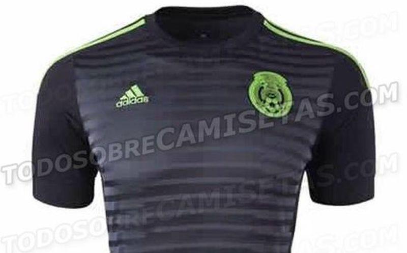 51a9e826a6a79 Esta es la playera titular de la Selección Mexicana para la Copa América de  Chile.
