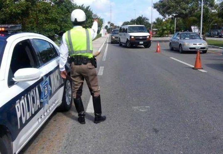 Autoridades buscan que los conductores lean el Reglamento de Tránsito. (Contexto/Internet)