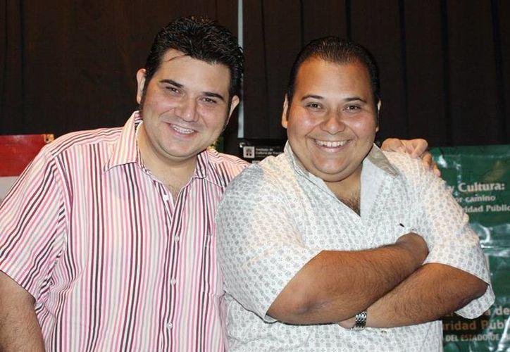 Mario y Daniel Herrera divertirán a los yucatecos con nueva puesta en escena. (Milenio Novedades)