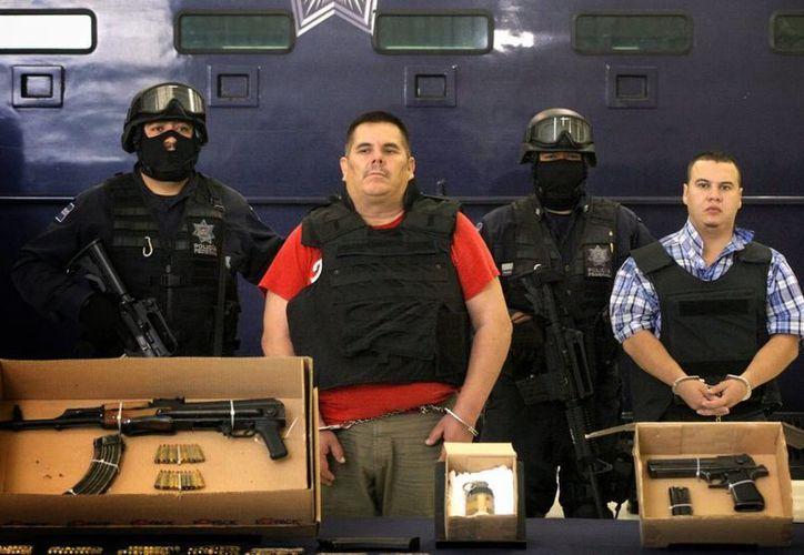 Imagen de Jesús Méndez Vargas alias 'El Chango Méndez',  ex líder del cártel de La Familia Michoacana, al momento de su captura en Aguascalientes. (Archivo/Agencias)