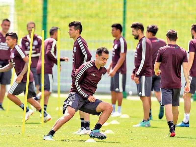 Hugo Ayala participó en los entrenamientos del tricolor. ((excelsior.com)