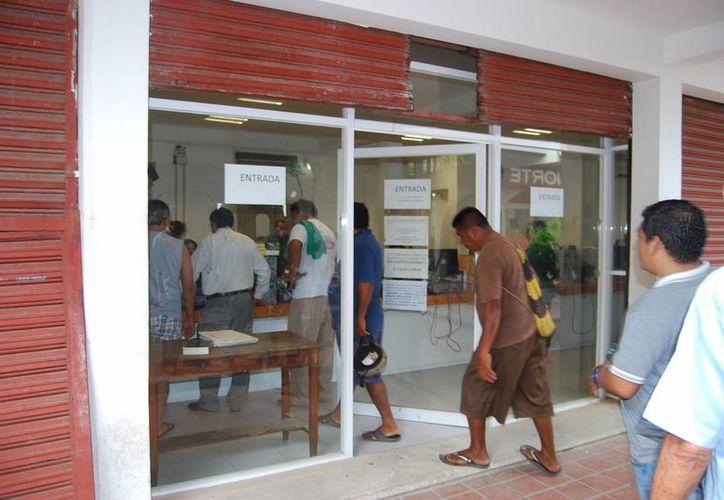 De esas 20 personas nueve fueron liberadas en meses pasados, mientras que el resto dejaron los centros de reclusión entre ayer y hoy. (Gerardo Amaro/SIPSE)