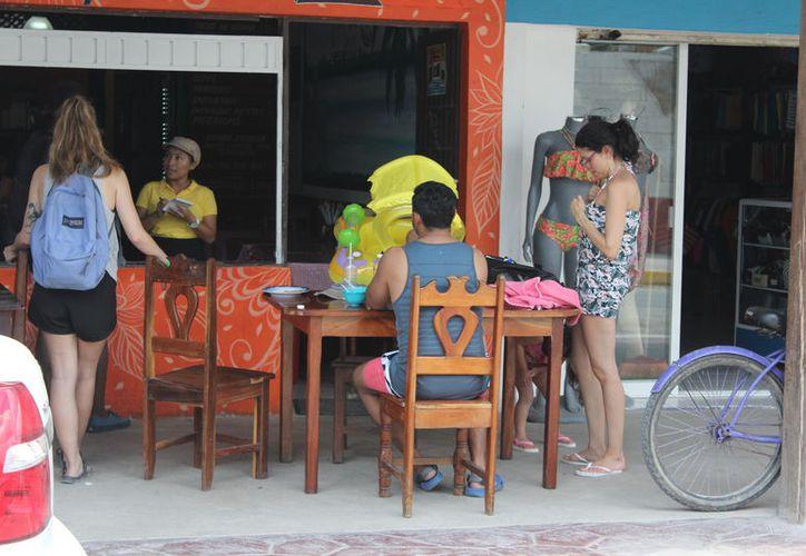 En destinos de Chetumal, Bacalar, Mahahual y Felipe Carrillo Puerto, son mil 540 habitaciones que han sido reservadas. (Joel Zamora/SIPSE)