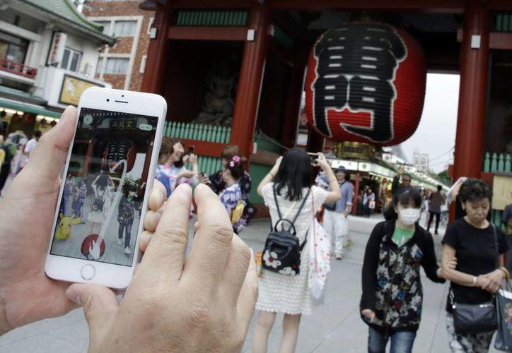 El juego de Pokémon Go debutó en Asia y al fin llegó a Japón, país que dio origen a la famosa franquicia. (Foto tomada de Milenio Digital)