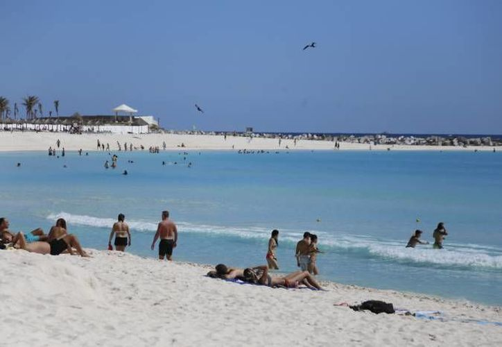 Se cuenta con playas de arena blanca y un mar azul turquesa. (Redacción/SIPSE)
