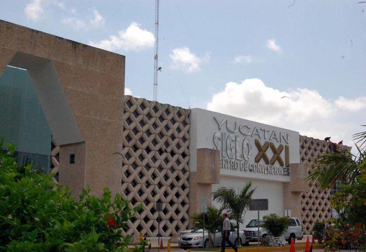"""Consideran a los congresos y convenciones """"imanes"""" de Yucatán para el turismo. (Milenio Novedades)"""