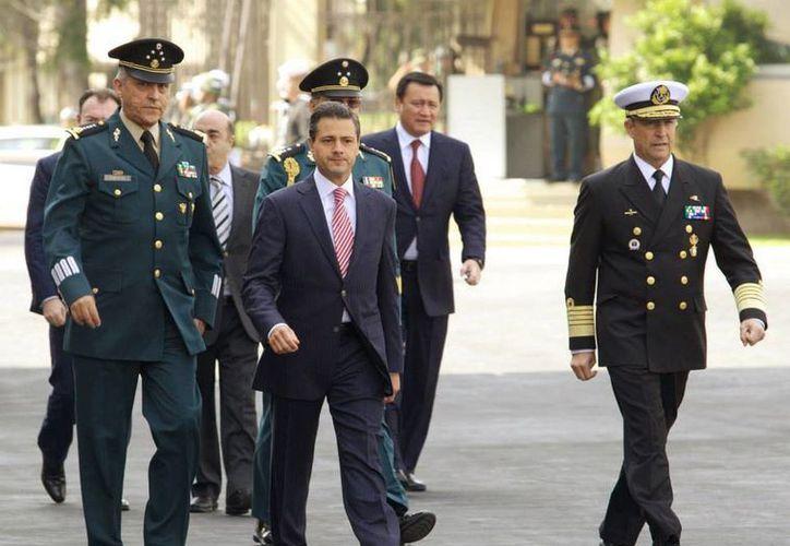 Hace unos días, Enrique Peña Nieto aseveró que no era necesario nombrar a un encargado de despacho por la intervención quirúrgica. (facebook.com/EnriquePN)