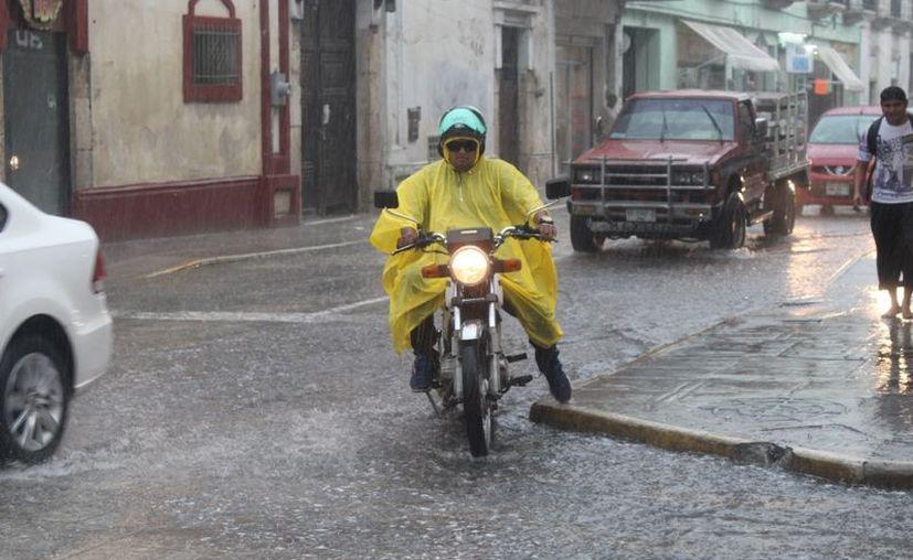Este sábado habrá intervalos de chubascos en las zonas norte, noreste y noroeste de Yucatán. (Novedades Yucatán)
