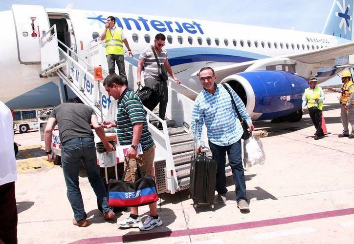 Uno de los vuelos que recientemente comenzó operaciones en Yucatán es el Mérida-La Habana. (Milenio Novedades)