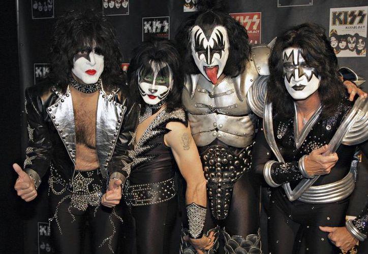 Kiss escribió el mes pasado en su página de internet que no actuaría en la ceremonia de incorporación al Salón de la Fama del Rock. (Agencias)