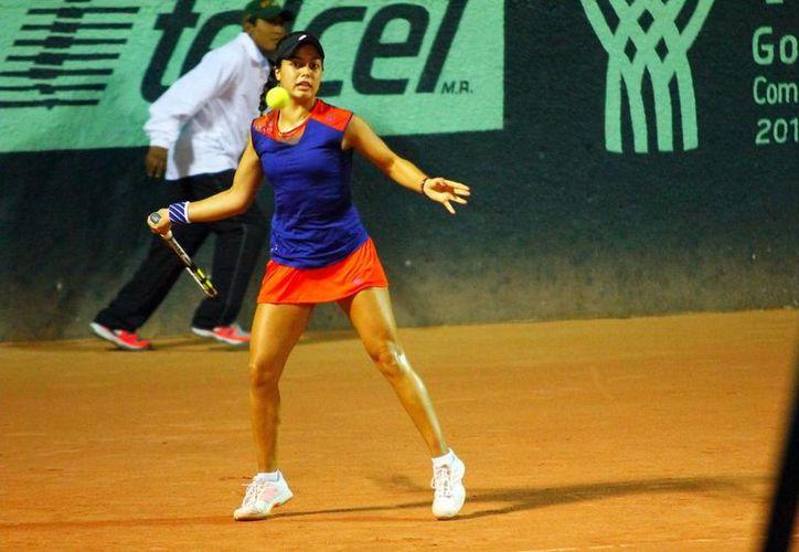 La tenista jalisciense Renata Zarazúa se adjudicó el subcampeonato de la Copa Yucatán de Tenis y acumuló puntos para el ranking mundial juvenil.  (SIPSE)