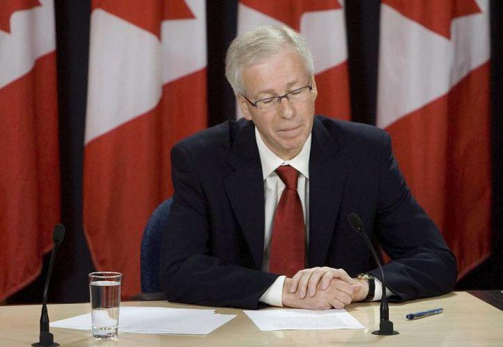 El ministro canadiense de Asuntos Exteriores dijo que se autorizó la supresión del requisito de visa a los turistas mexicanos que deseen visitar el país. (EFE)