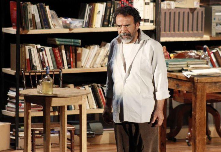 El actor mexicano Damián Alcázar da vida a 'Magallanes' en la película del mismo nombre que, la cual fue elegida para competir en los Premios Goya y que aborda el tema del terrorismo. (Archivo Notimex)