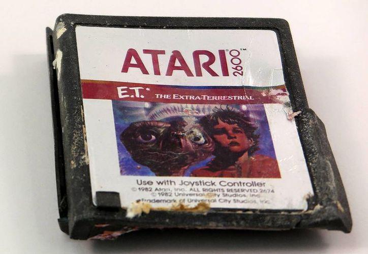 Juego de E.T. de Atari encontrado en un basurero de Nuevo México será parte del museo. (Agencias)
