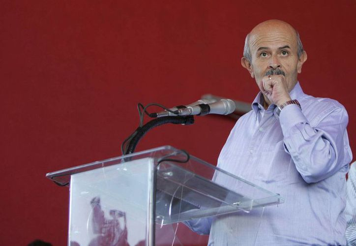 El comisionado Alfredo Castillo tiene toda la responsabilidad de la seguridad y obviamente yo soy coparticipe: Fausto Vallejo. (proceso.com.mx)