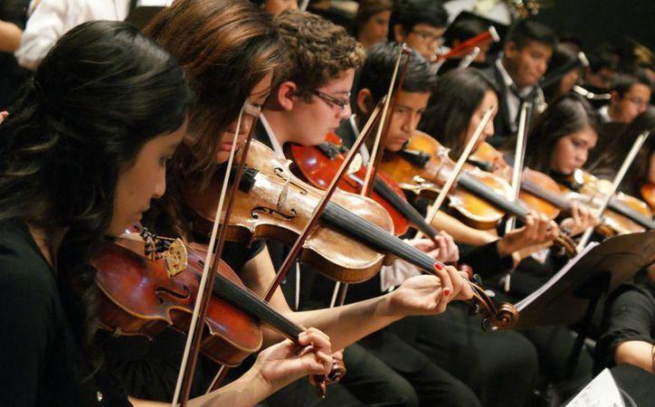 La Orquesta Sinfónica de Mujeres de México, tocará hoy en Cancún. (Contexto/Internet)