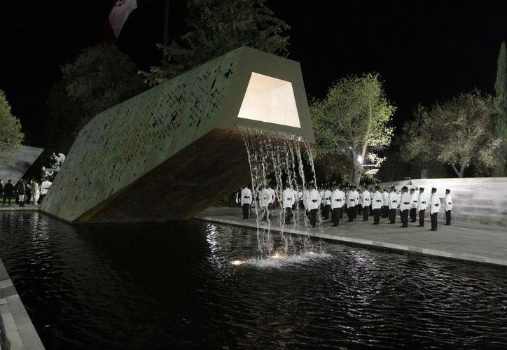 La Plaza al Servicio de la Patria se encuentra a un lado del Campo Marte. (Notimex)