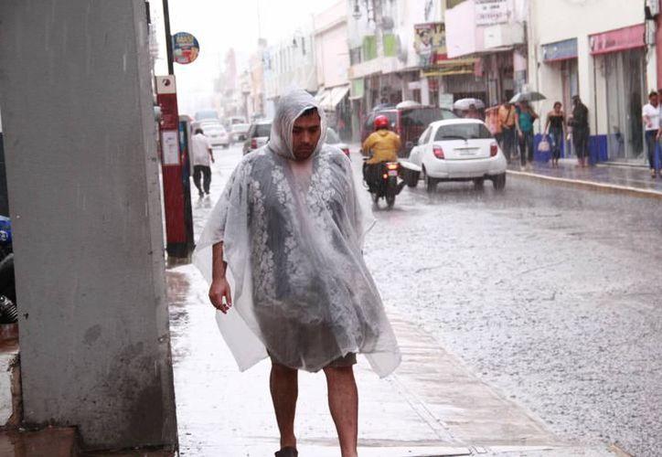 Se esperan tormentas fuertes sobre el occidente, centro y oriente de Yucatán. (Milenio Novedades)