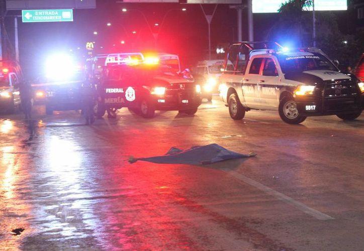Una menor de edad perdió la vida al ser atropellada cuando cruzaba un paso peatonal en Cancún. (Redacción/SIPSE)