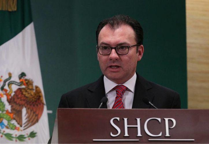 Videgaray dijo que la iniciativa sobre competitividad busca generar una política de fomento económico moderna para México. (Notimex)
