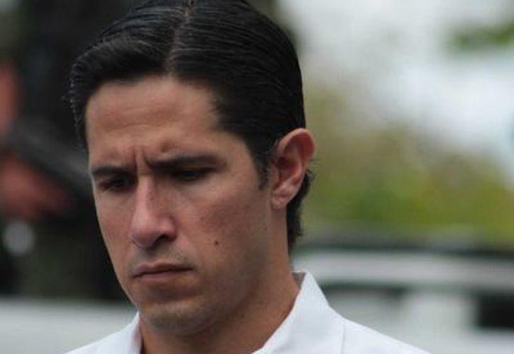 Aurelio Joaquín insiste en que en su administración ya nadie cobra sin trabajar. (Gustavo Villegas/SIPSE)