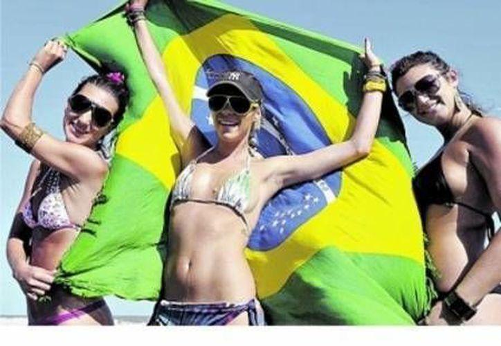 Los brasileños son uno de los tres principales mercados de turismo. (Archivo/SIPSE)