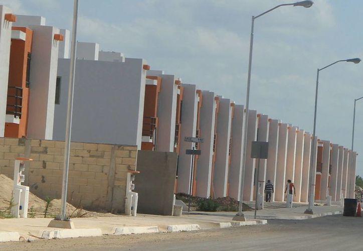 Aunque el desarrollo vertical es promovido, continúa la edificación de vivienda horizontal. (Milenio Novedades)