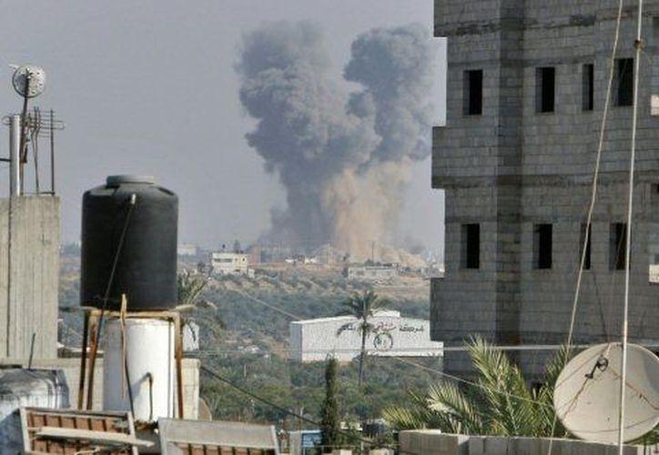 El fuego entre Israel y Hamás alcanzó la sede del Banco Nacional Islámico. (Agencias)