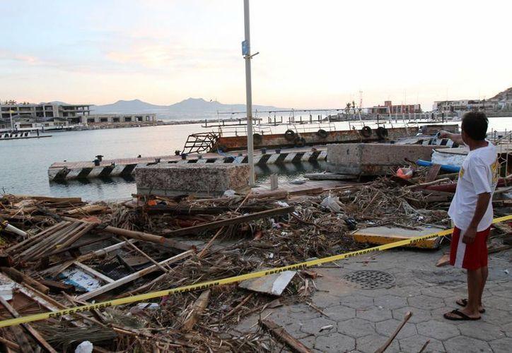 En el Pacífico se espera la llegada de cuatro huracanes intensos. La imagen corresponde a los embates de 'Odile' en Baja California Sur. (Archivo/Notimex)